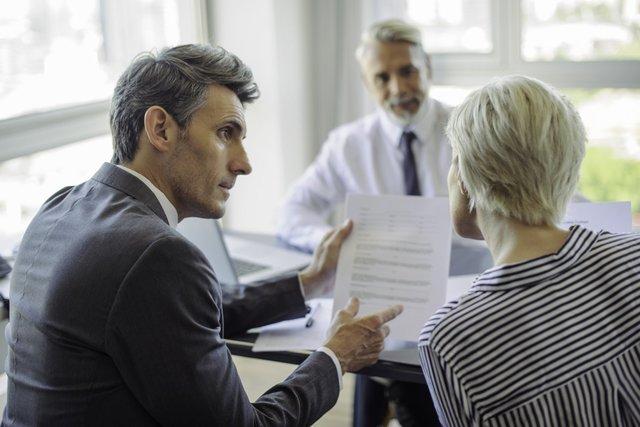 Lending machine - formalities when taking a loan